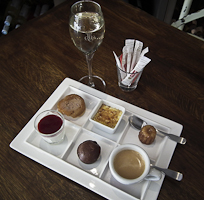 Café Gourmand Royal